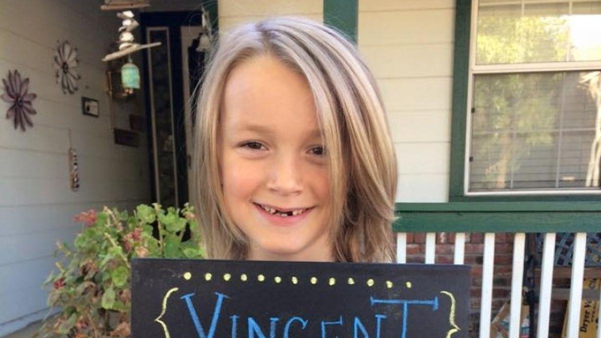 Vinny antes de donar su pelo a niños con cáncer