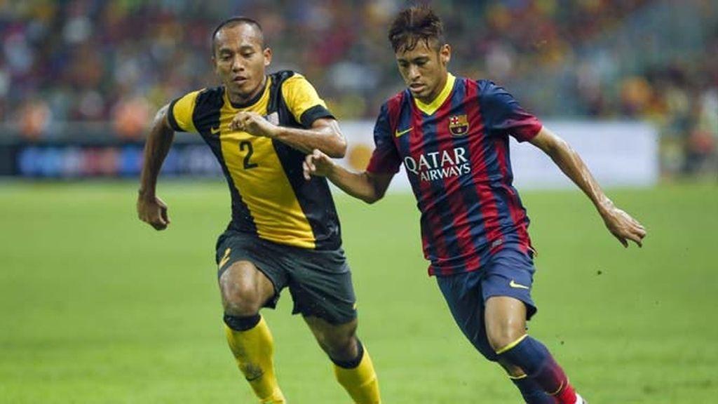 Neymar pone la clase en la victoria del Barça en Malasia