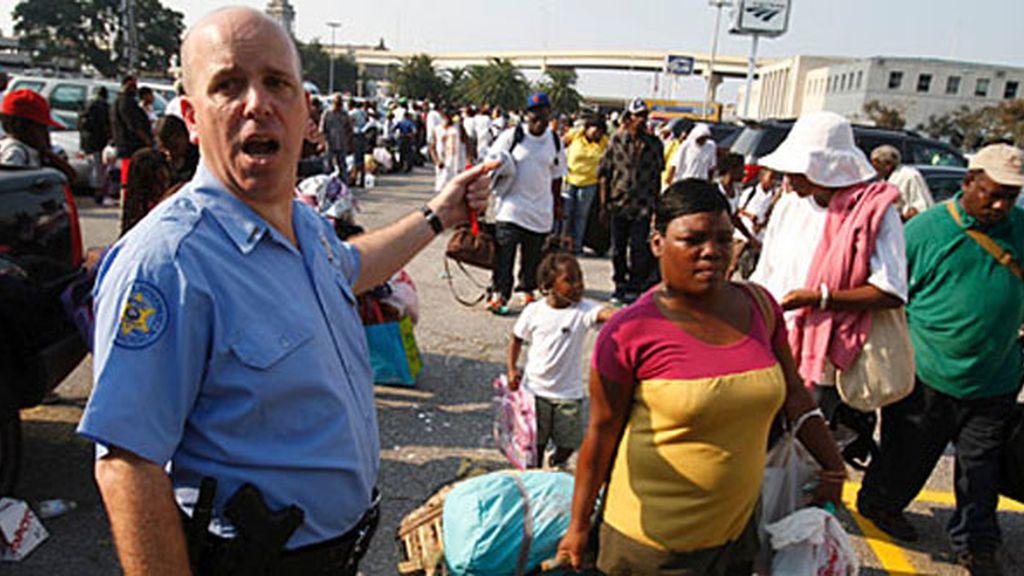 El sheriff de Nueva Orleans dirige la evacuación
