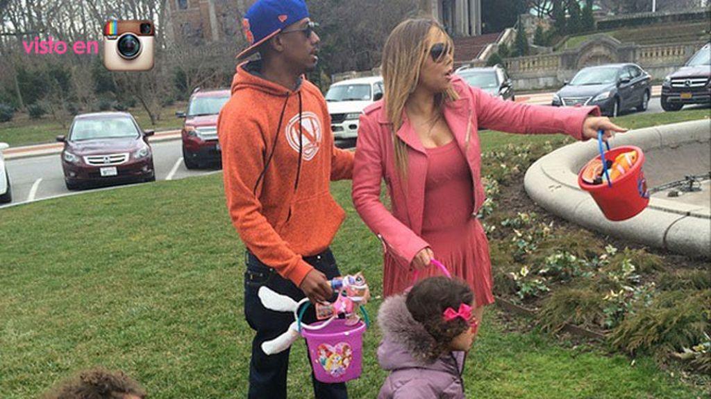 Mariah Carey cocina los huevos y pasa el día con sus hijos