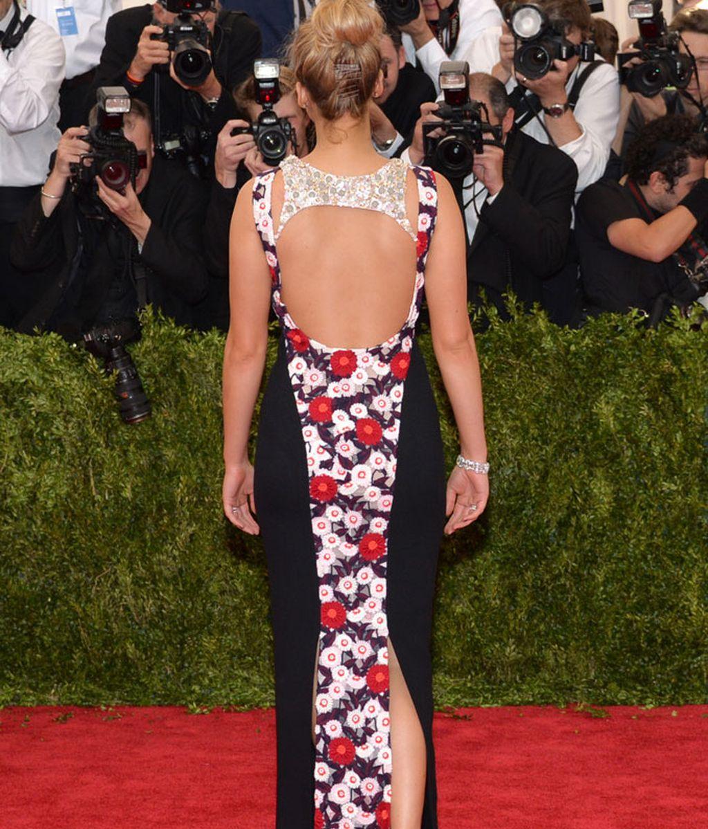 Espalda del vestido de Jennifer Lawrence