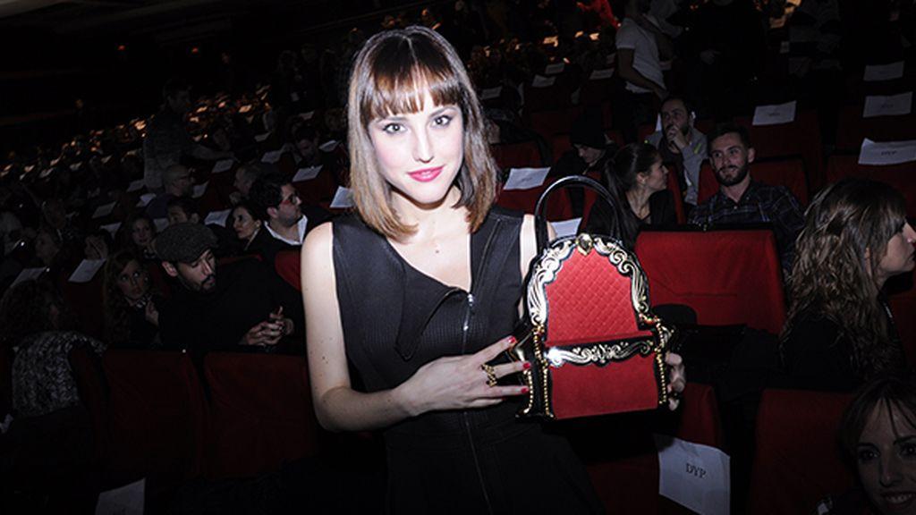 La actriz Natalia de Molina nos enseñó su original bolso de la firma Braccialini