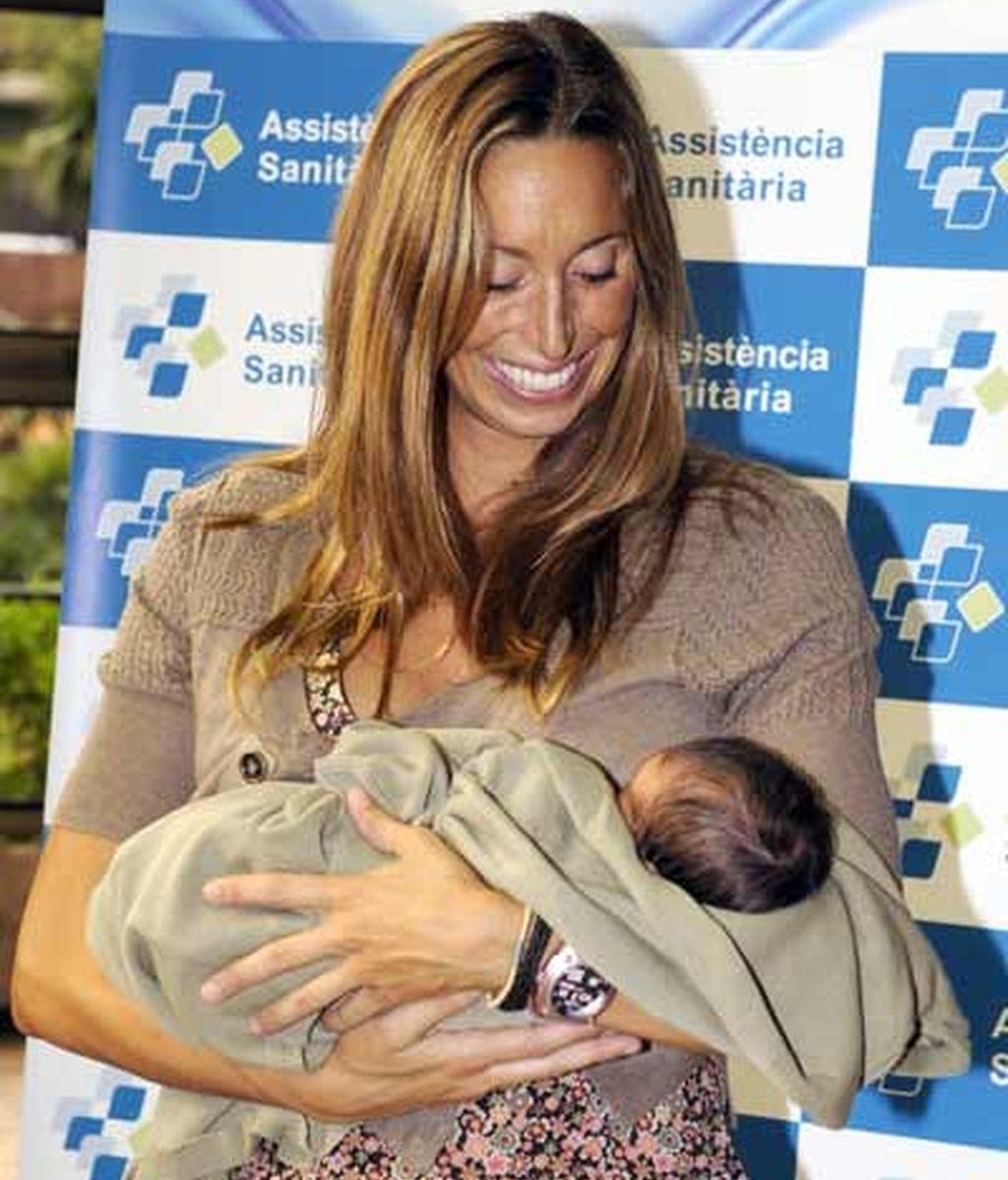 Gemma Mengual, mamá feliz y enamorada