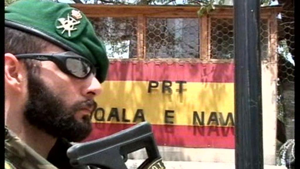 """España enviará """"una cifra pequeña"""" de soldados a Afganistán"""