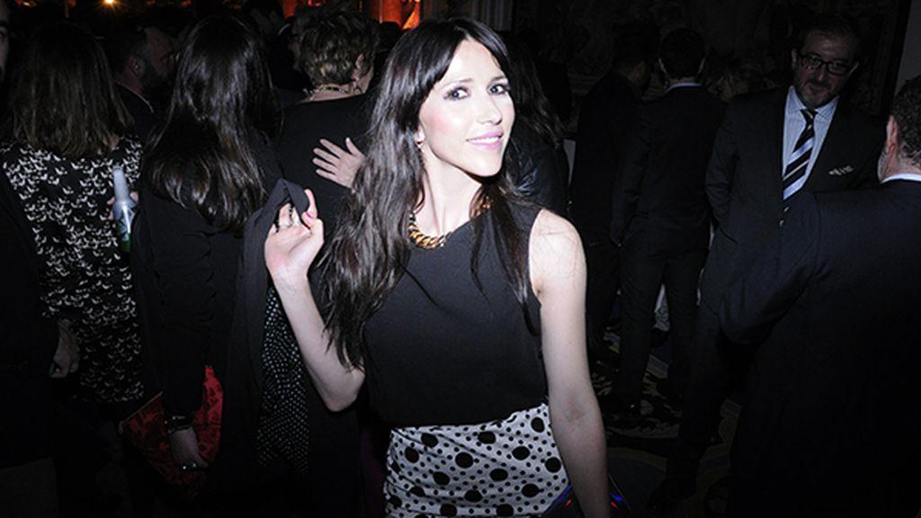 La cantante Nika disfrutando de la estupenda fiesta en el Ritz
