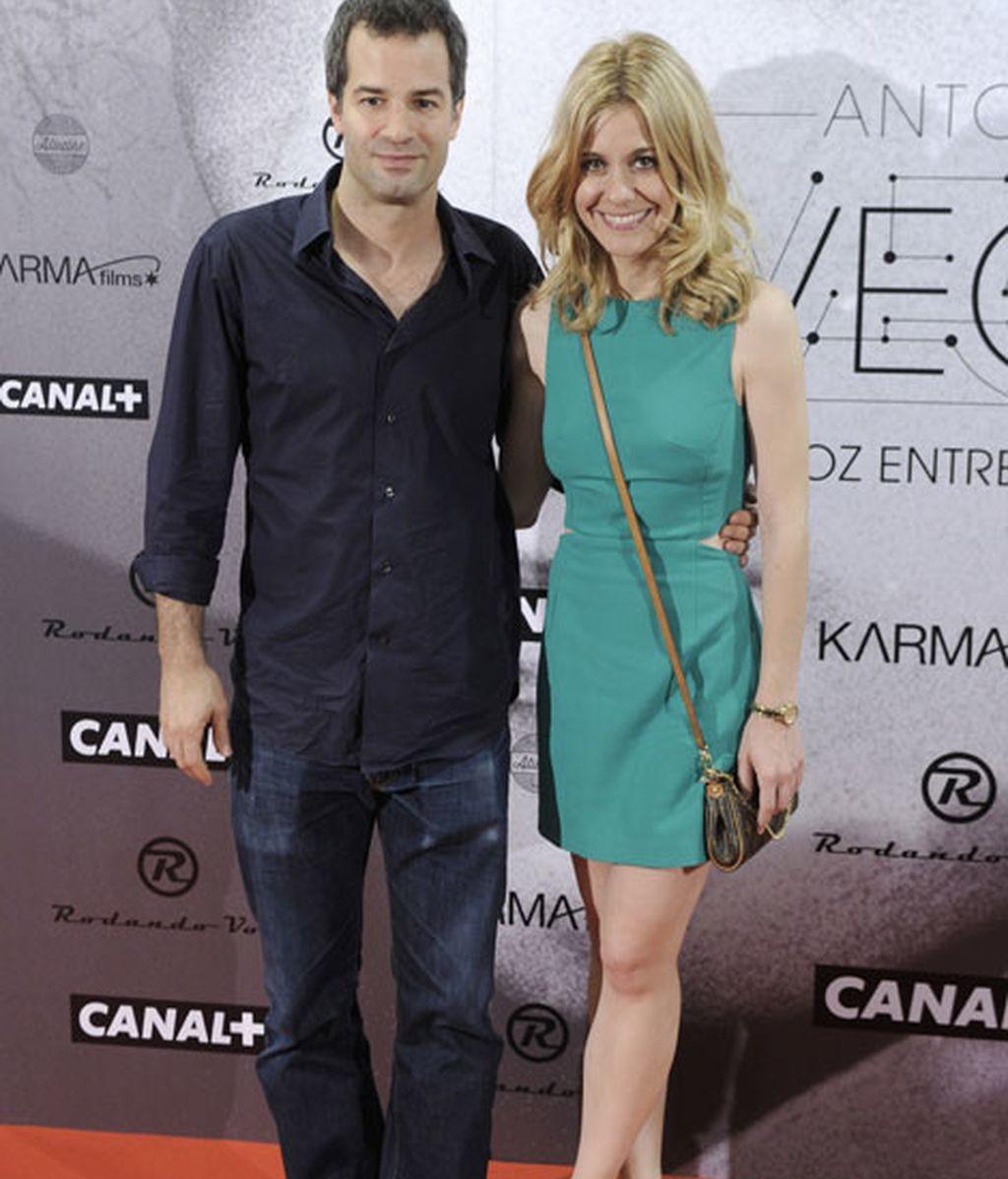 La actriz Alexandra Jiménez acudió junto a su pareja, el actor Luis Rallo