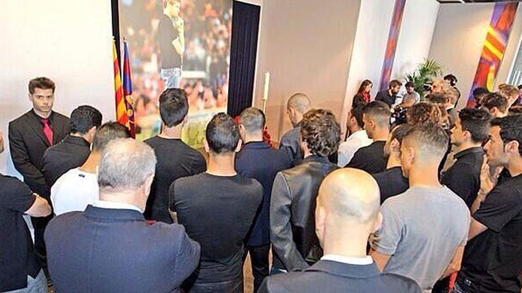 El barcelonismo da su último homenaje a Tito Vilanova