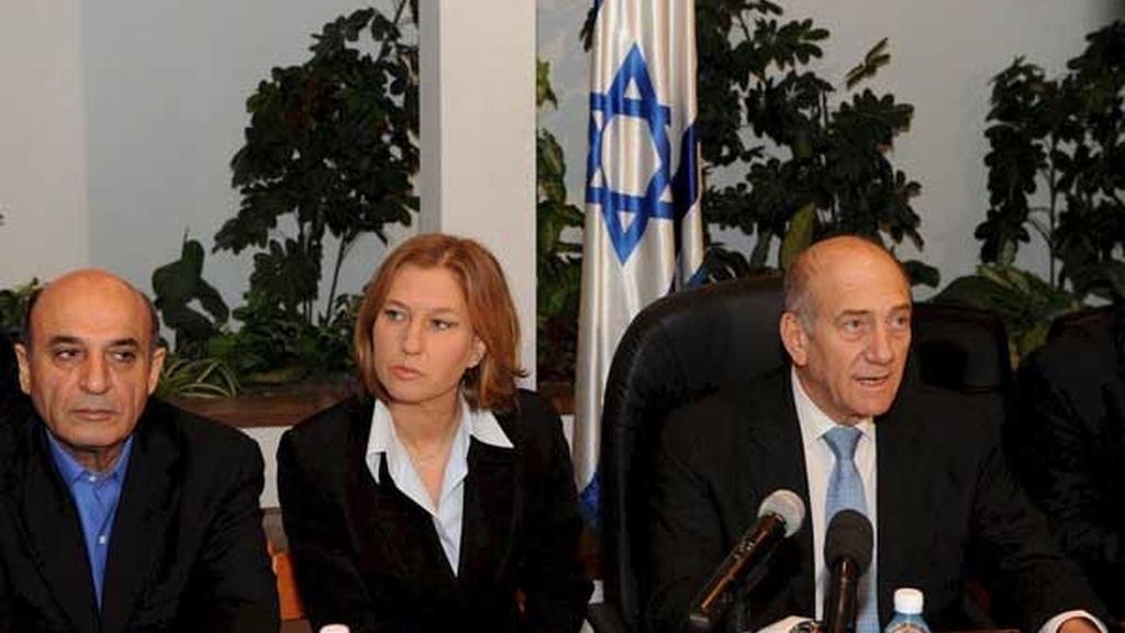 "Olmert afirma que la invasión ha sido ""inevitable"""