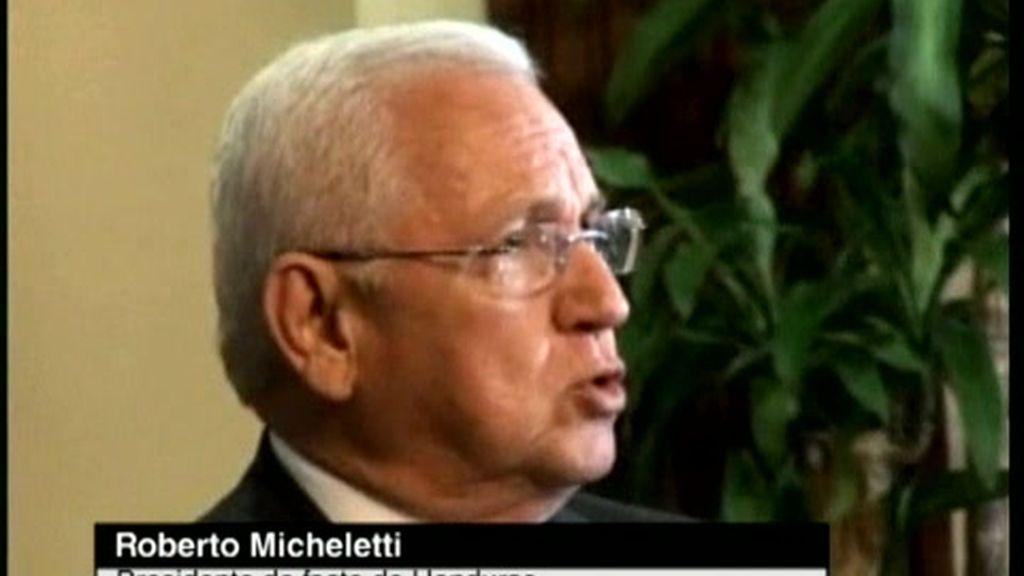 Micheletti se plantea suprimir el estado de sitio