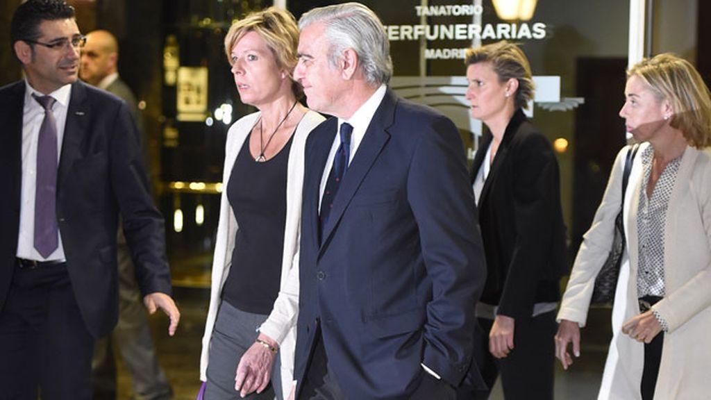 Maria Zurita, Antonio Camuñas con su mujer Maria Escudero y Simoneta Gómez