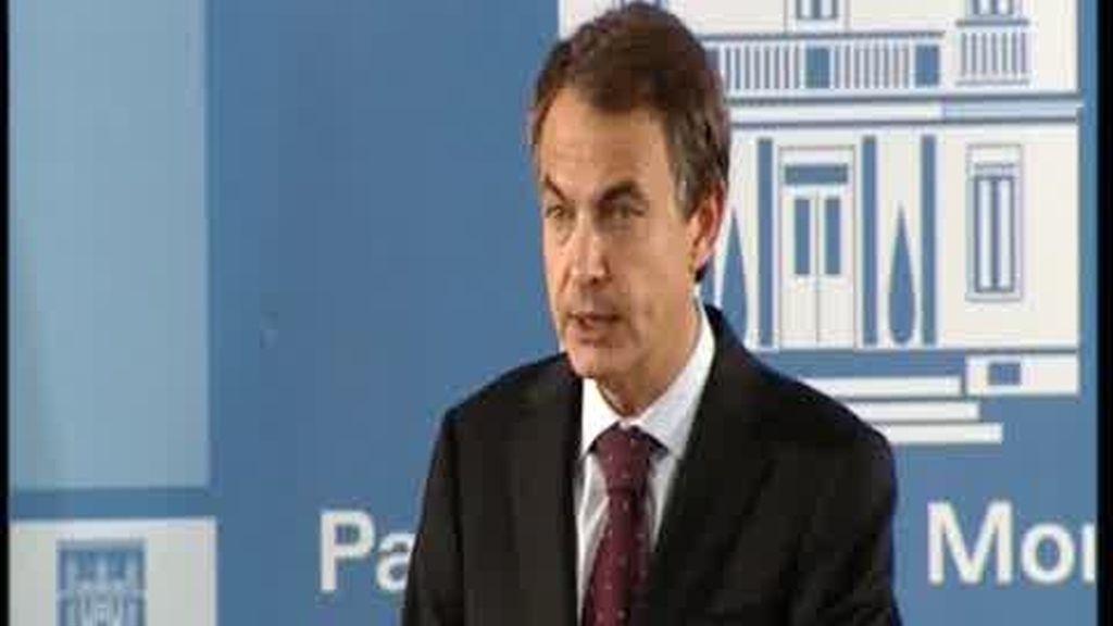 Zapatero repite que piensa seguir con las reformas