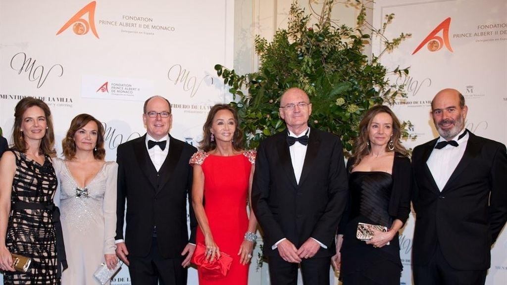 Isabel Preysler brilla con luz propia junto a Alberto de Mónaco