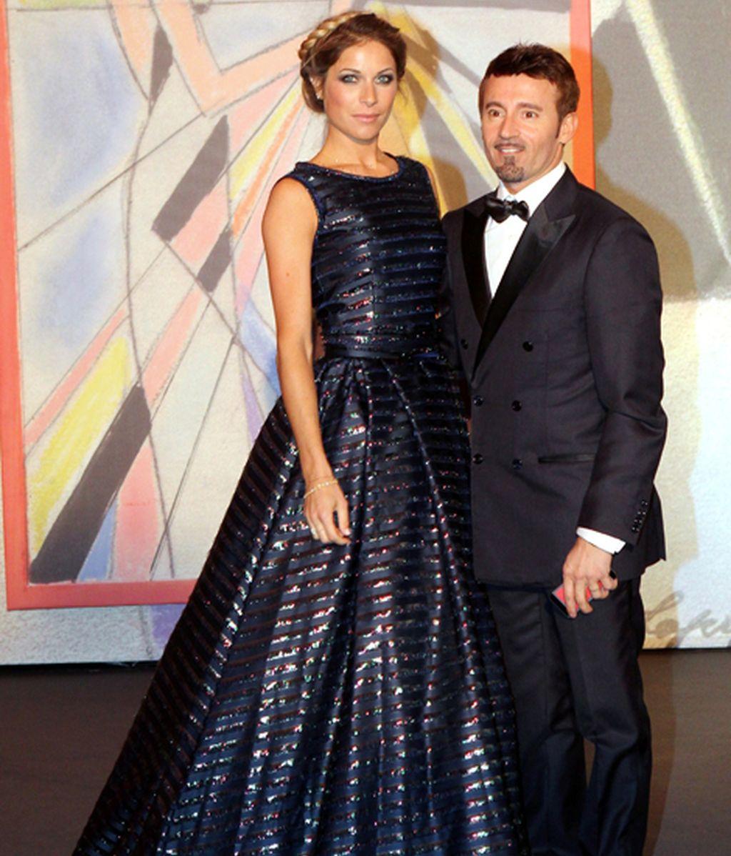 Max Biaggi junto a su prometida, Eleonora