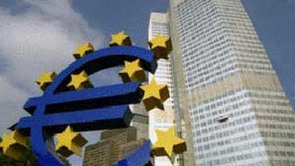 Tras dos trimestres de caídas, la zona euro entra en recesión.