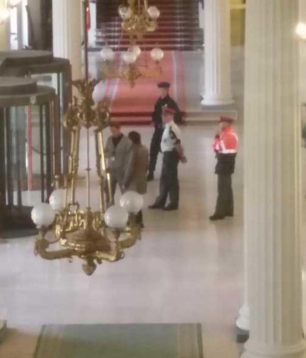Desalojan el Parlamento belga