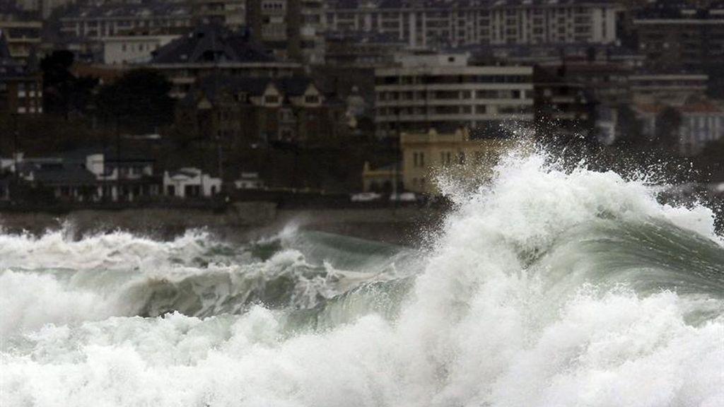 Alerta en 14 provincias por el viento, la lluvia y fenómenos costeros