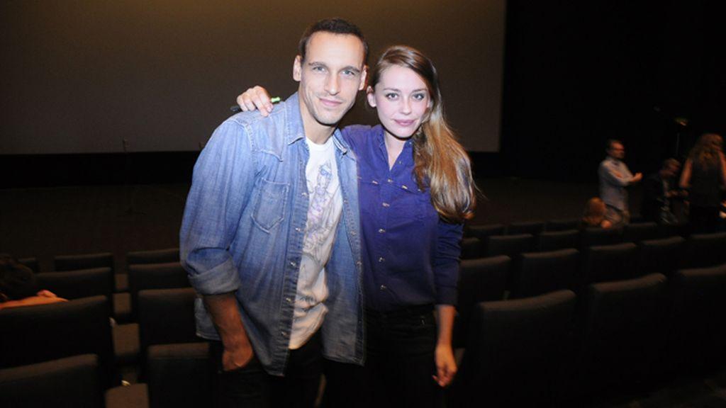 Los actores Ricard Sales y Beatriz Benoit