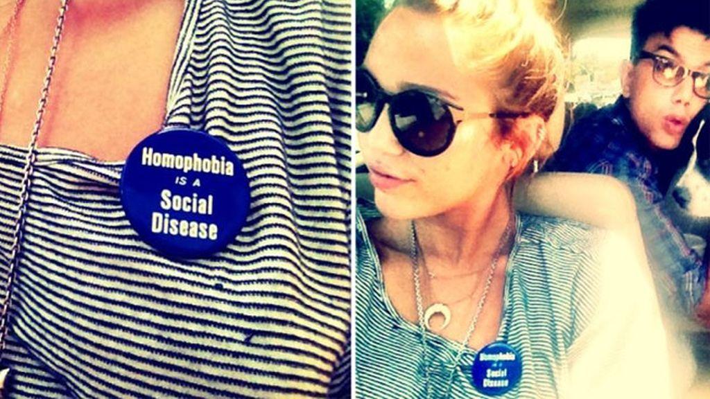 Miley Cyrus declara su apoyo a los homosexuales en Twitter