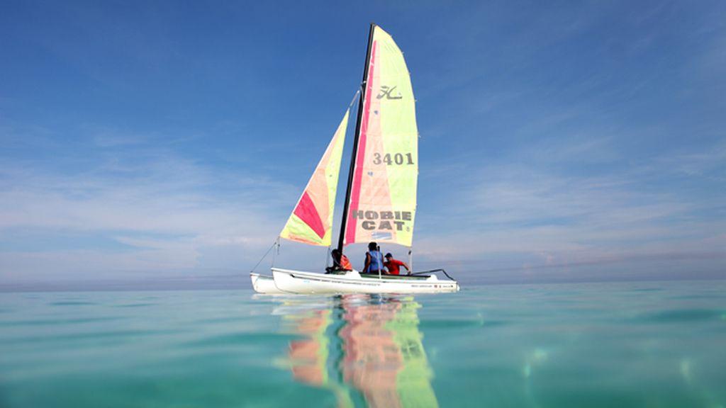 Barco de vela en el Caribe