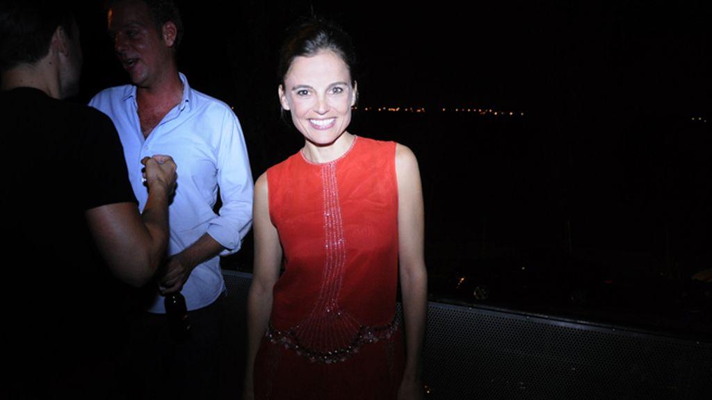 Elena Anaya derrochando glamour y belleza en el estreno de anoche