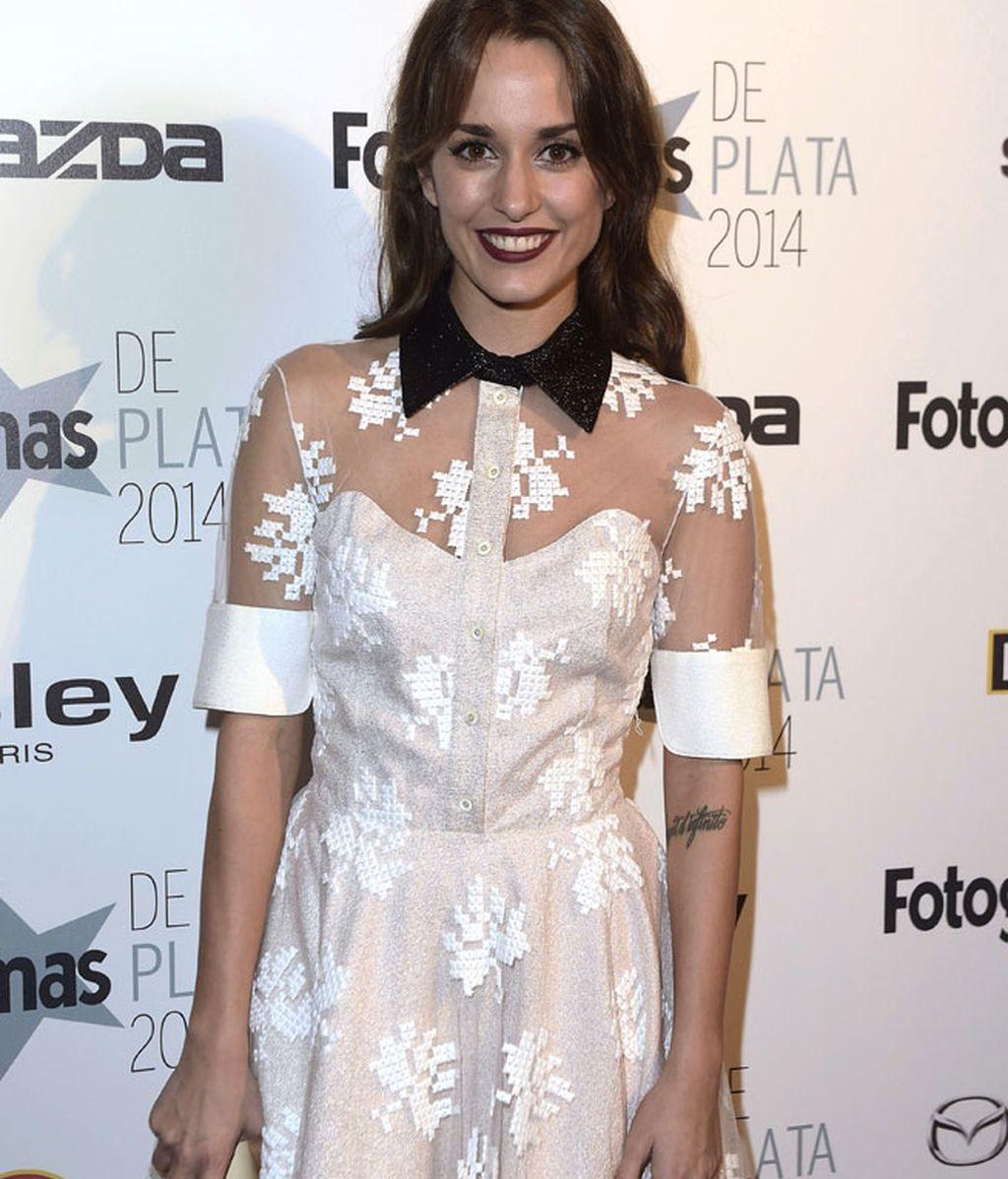 La actriz Silvia Alonso con un gloss oscuro