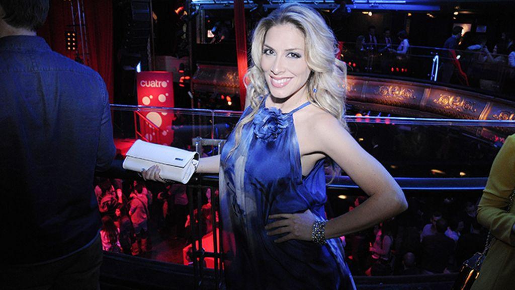 La cantante Roser, muy satisfecha con el éxito de su explosivo reportaje para la revista Primera Línea
