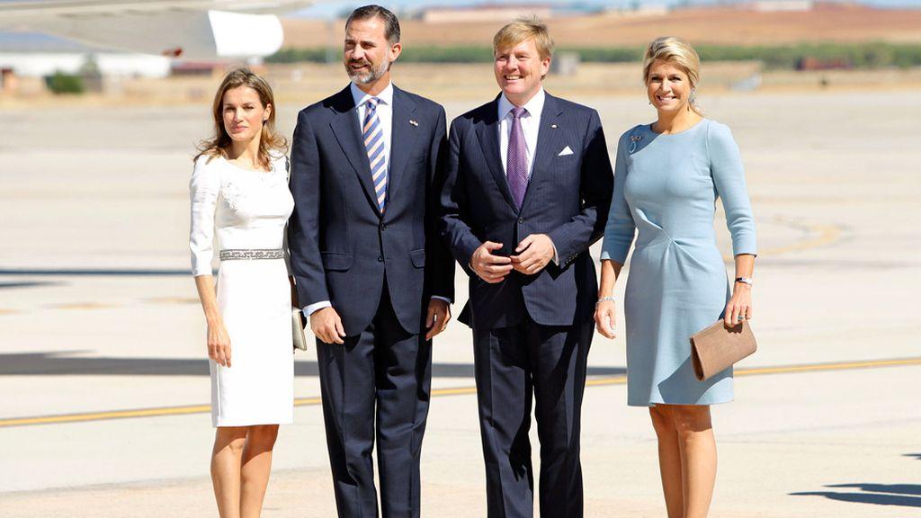 Máxima y Letizia, reinas plebeyas