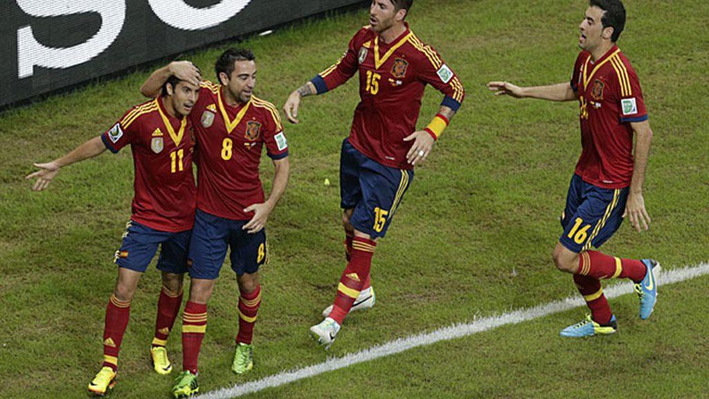 España venció a Uruguay en el debut en la Confederaciones