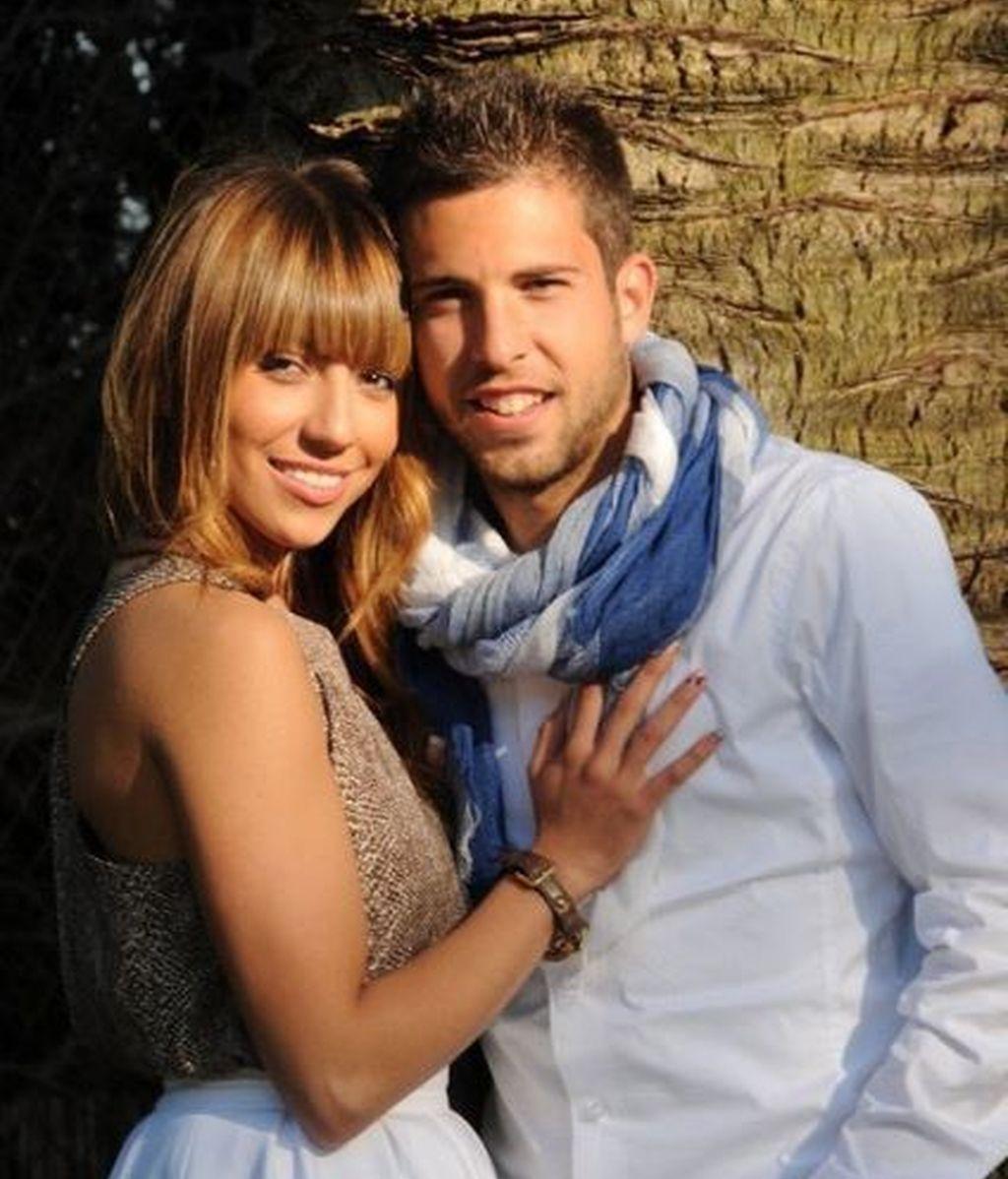 Jordi Alba y novia