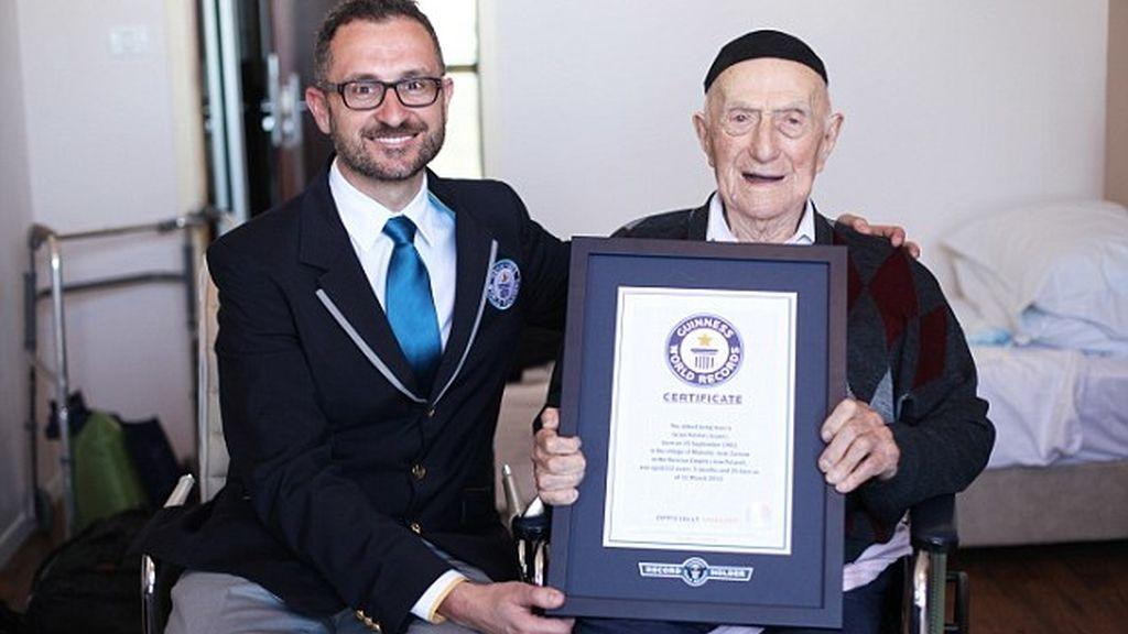 El nuevo hombre más viejo del mundo es un superviviente del Holo