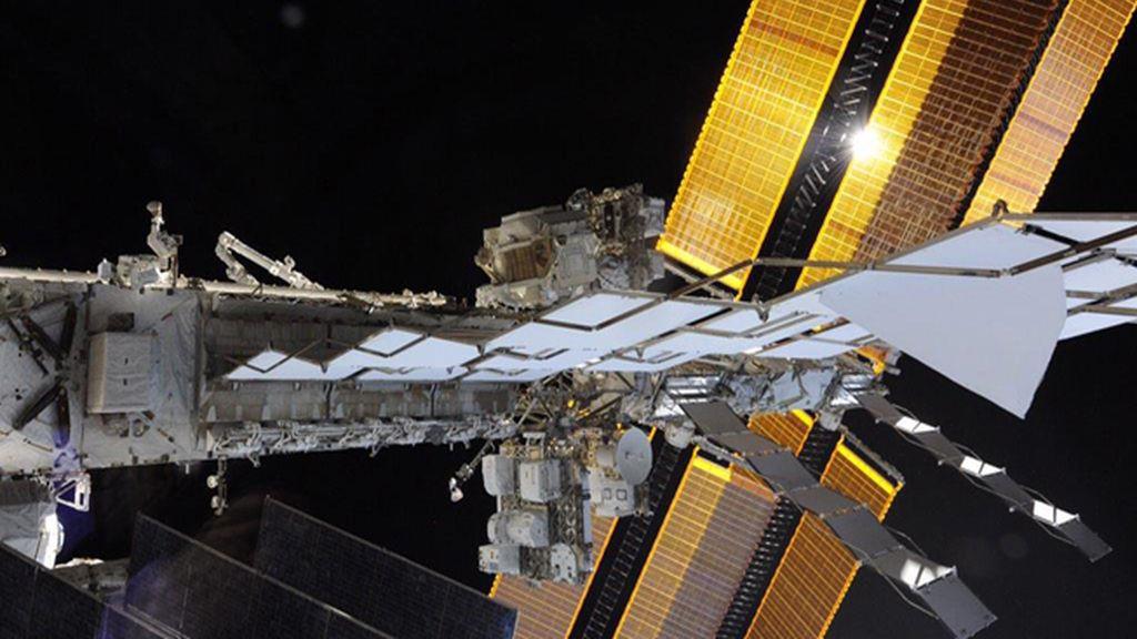 Un paseo por el espacio en la gigantesca Estación Espacial Internacional
