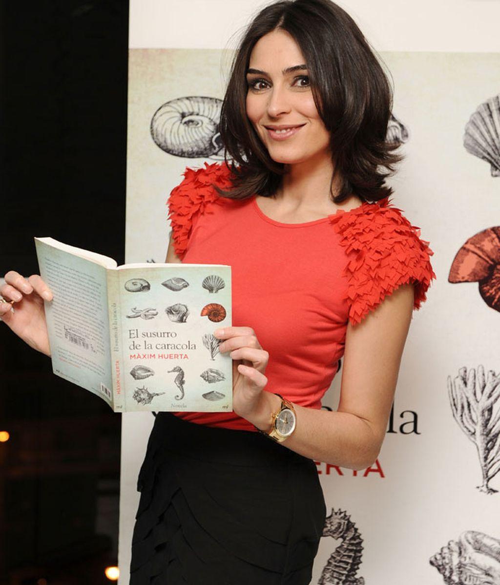 Màxim Huerta presenta su libro muy bien rodeado