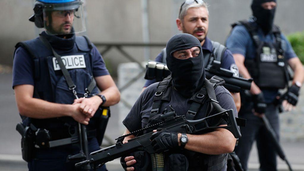 La Policía francesa detiene a una veintena de personas en dos operaciones antiterrorista