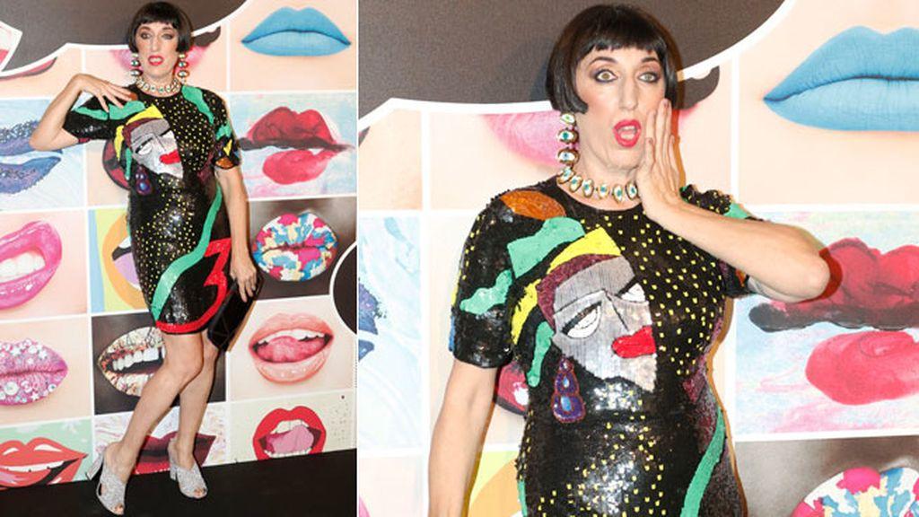 Rossy de Palma con vestido de Lipstick Vintage y joyas de Patricia Nicolás