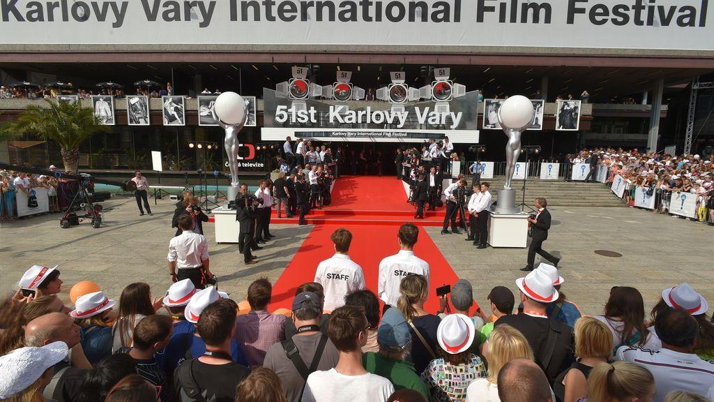 El festival de cine Karlovy Vary corona a Jamie Dornan