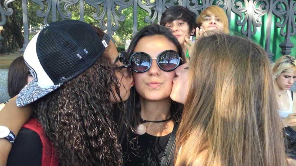 Participa en la campaña de Cazamariposas subiendo tu selfie con #LoveisDivinity