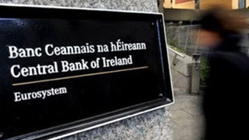 Irlanda ha aceptado finalmente el plan de rescate de la UE. Video: Informativos Telecinco