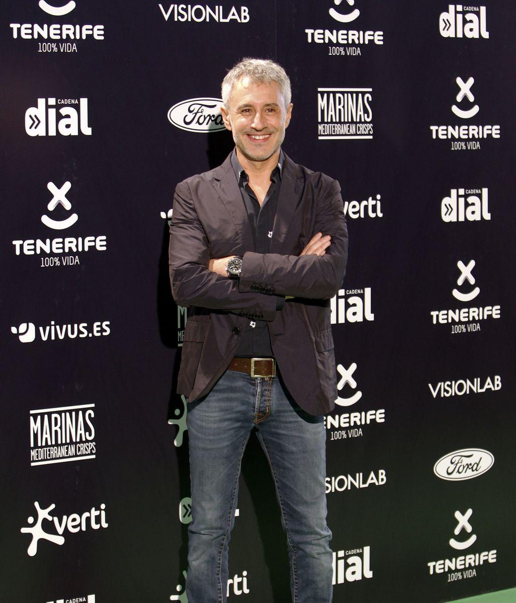 Sergio Dalma, se sumó al vaquero y negro