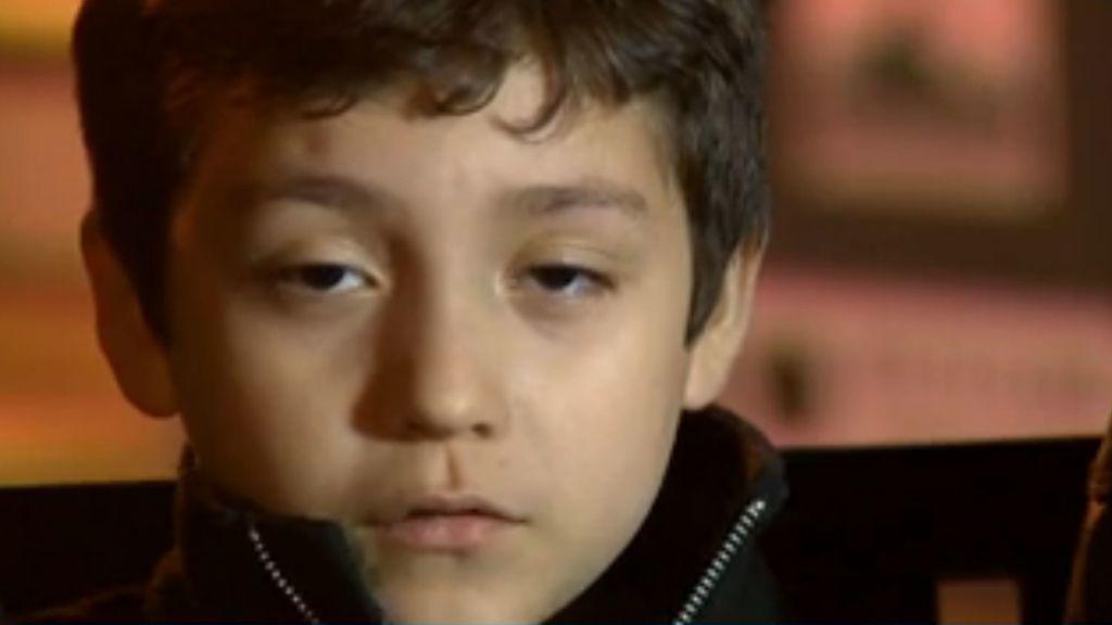 Giovanni, expulsado de un avión por un ataque de alergia