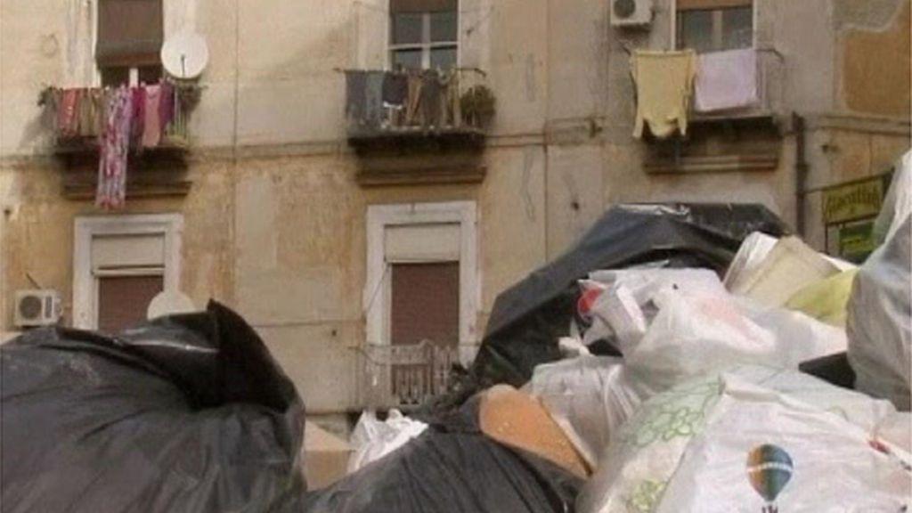 Protestas por las basuras en Italia