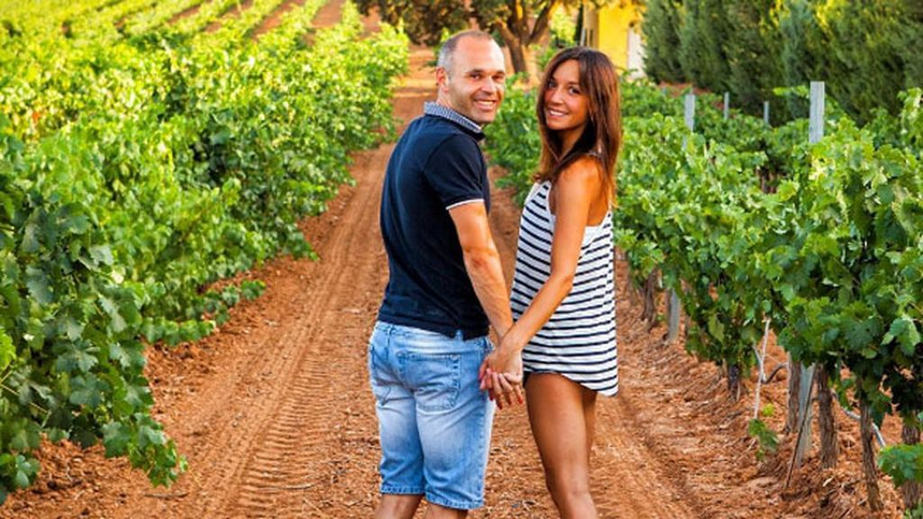 Anna Ortiz y Andrés también han disfrutado de las vacaciones en un viñedo
