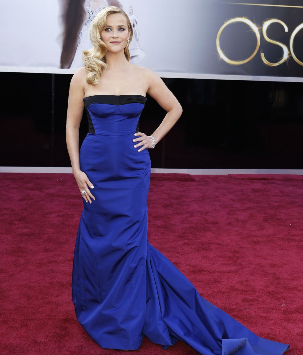 Reese Witherspoon, de azul