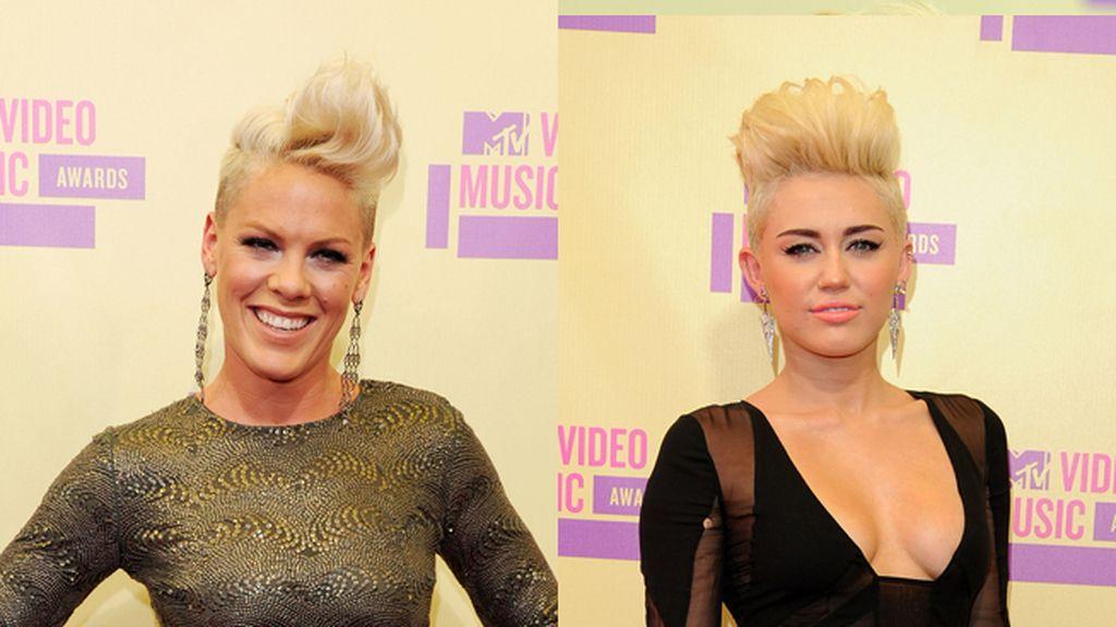 Pink y Miley Cyrus, mellizas capilares
