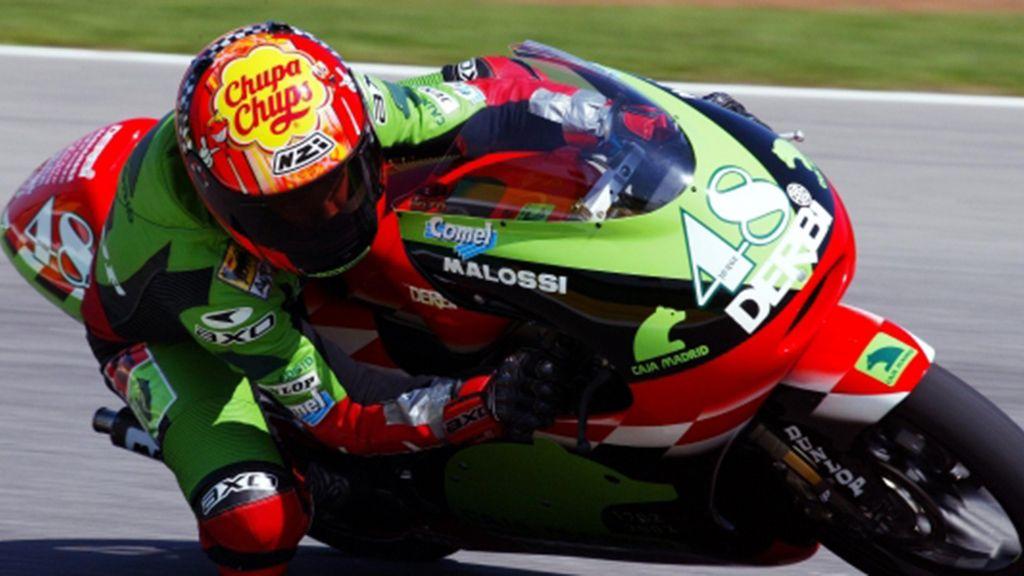 En 2002 Jorge Lorenzo debuta en un Gran Premio como regalo de su 15 cumpleaños