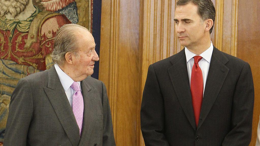 El Rey Juan Carlos con el príncipe de Asturias