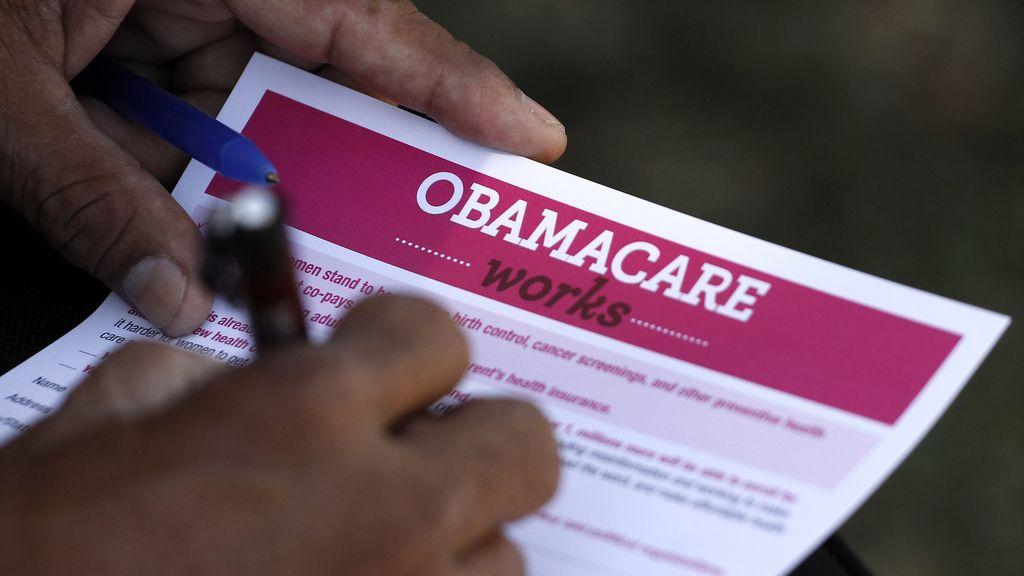 La Cámara de Representantes aprueba retrasar un año la implantación del 'Obamacare'