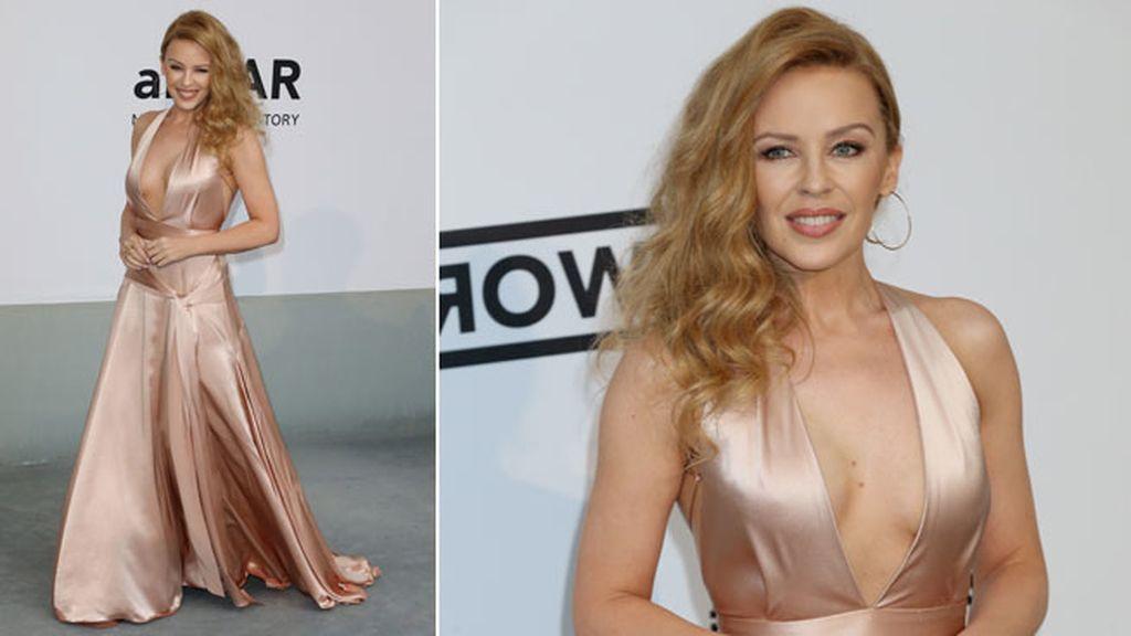 Kylie Minogue llevó un vestido de Juan Carlos Obando