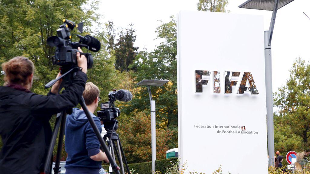 La FIFA, en el punto de mira del mundo del fútbol (08/10/15)