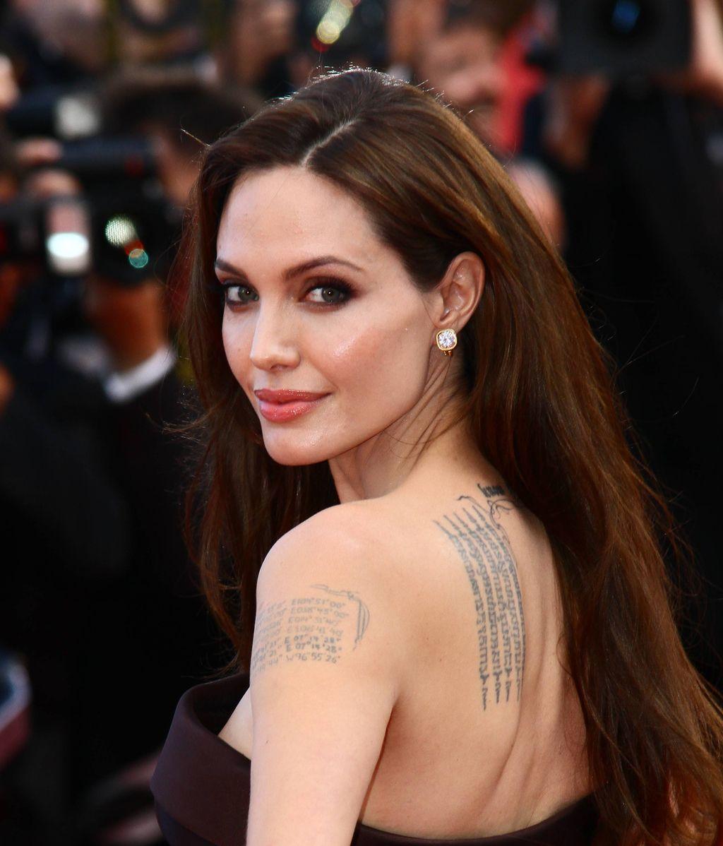 Angelina no olvida a ninguno