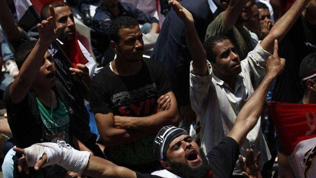 Algunos de los manifestantes declararon su apoyo explícito al candidato de Hermanos Musulmanes, Mohamed Mursi.